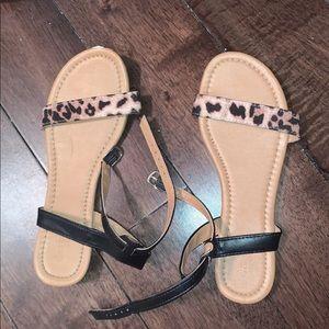Shoes - Women sandals size 7